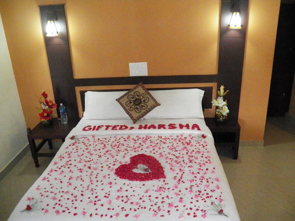Kumarakom-Hotel-Budget-Rooms-00087