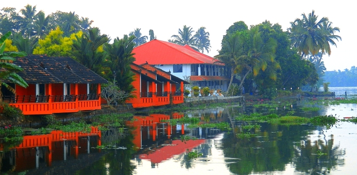 Alleppey-Riverside-Cottage