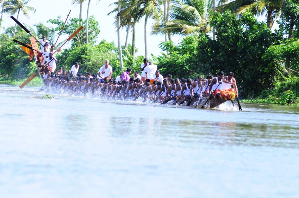 Nehru Trophy Snake Boat Race Package 2013