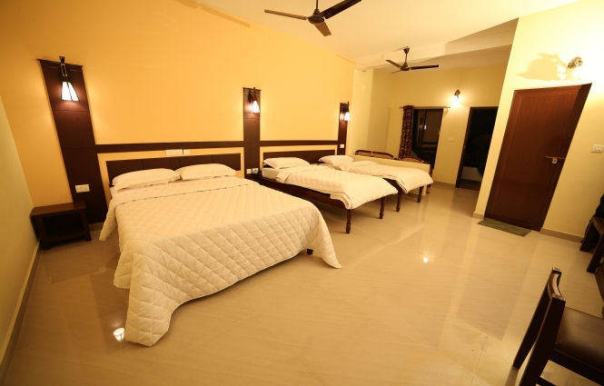 Alleppey Resort Family Room
