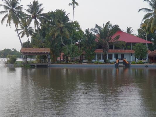 Kumarakom-Hotel-Budget-Rooms-00077